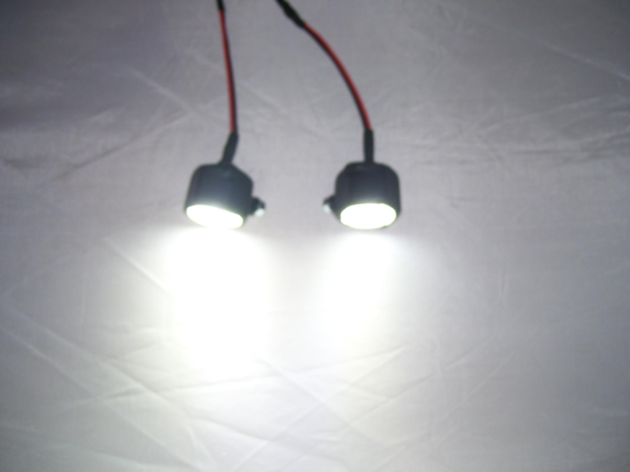 2 x 1 Watt High-Power LEDs Lampen mit Befestigung Großmodelle ...