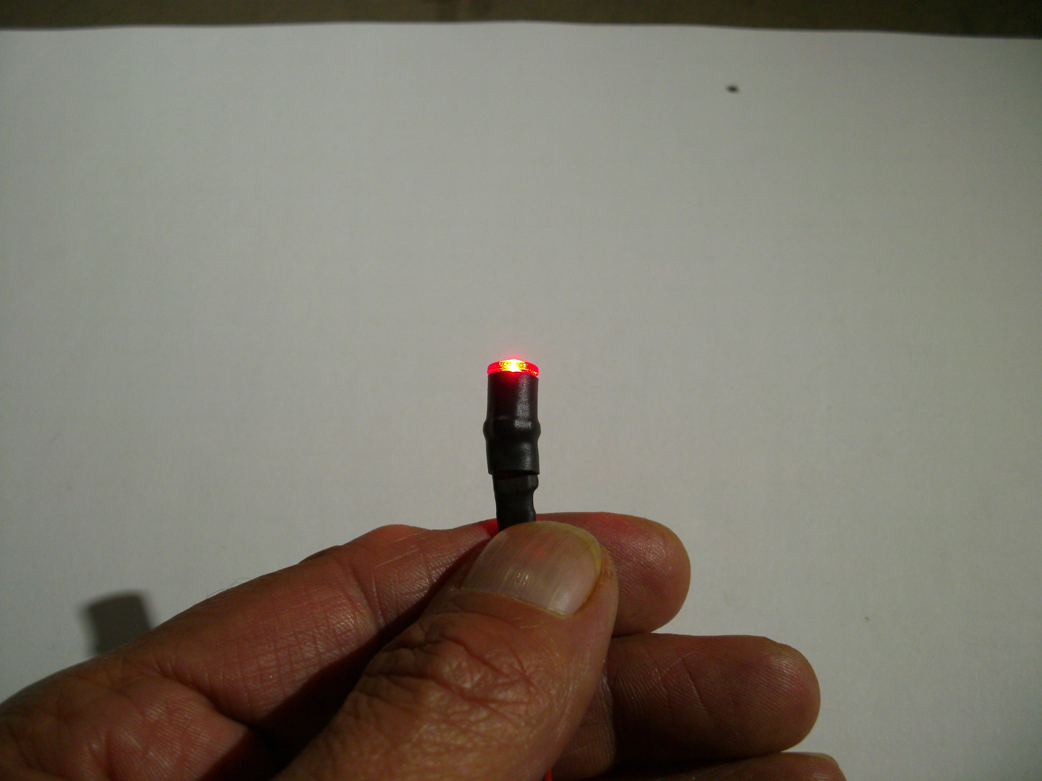 Scheinwerfer lampe rund d 7 1 mm mit led u kabel mit for Lampe 5 kabel